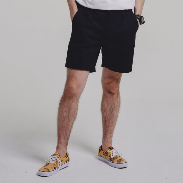 PINTUCK shorts_BLACK